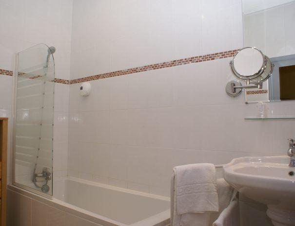 Salle-de-bain de la chambre Gingko